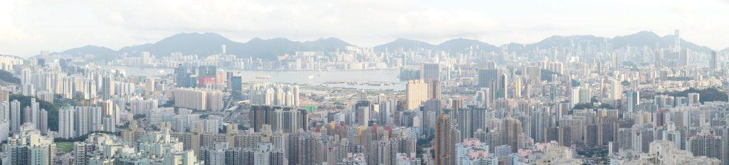 沙田拗道から香港側を眺める