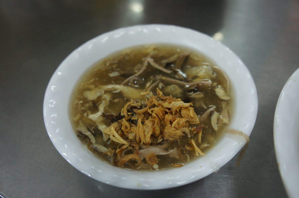 晩御飯のウナギのスープ