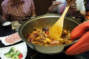鶏の麻辣香鍋が完成