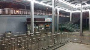 深圳側の文錦渡口岸を出境した後にバスチケット屋さん