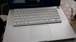 Bluetooth Keyboard 使って運用でカバー