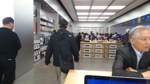 Apple store 店内