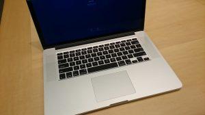キーボード+バッテリーAssyの交換が終わったMacBook Pro Retina